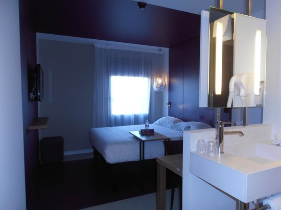 Ibis Styles Nimes Gare Centre: Bagno in camera!!!