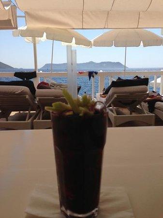 Nur Beach Bar & Restaurant: mojito promonegrade