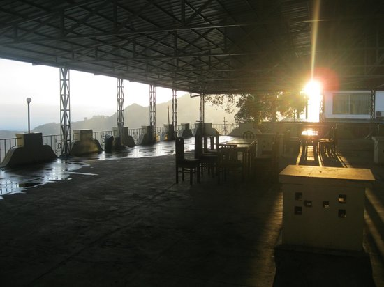 Hotel Mussoorie Club: sitting place