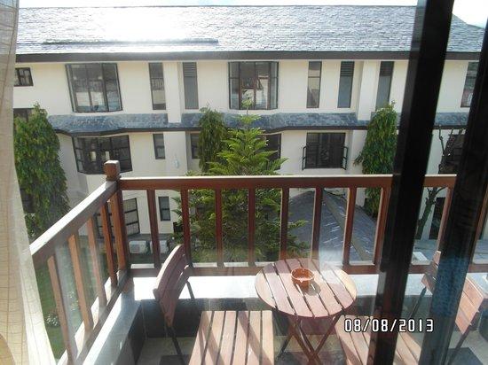 Atithi Resort & Spa: Balcony