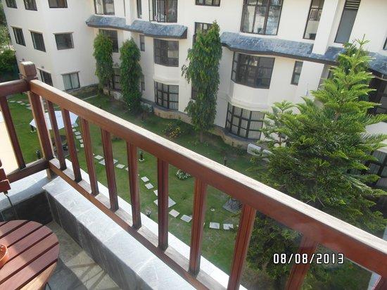 Atithi Resort & Spa: Balcony and beautiful gardens