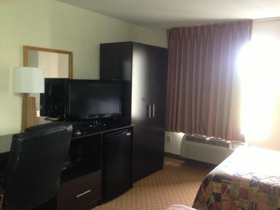 Sleep Inn & Suites Cullman: tv