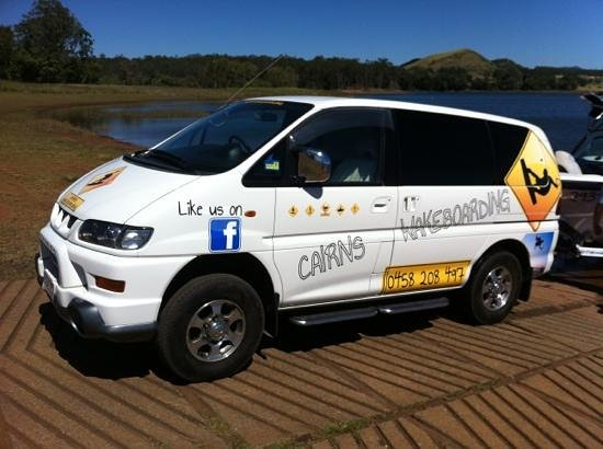 Cairns Wakeboarding : The Boardmobile