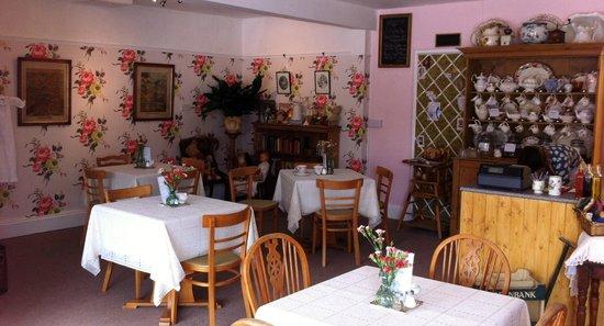 Benedict's Tearoom & Antiques