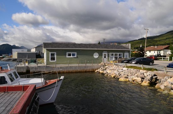 Seaside Suites Gros Morne Newfoundland: Exterior