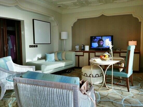 Waldorf Astoria Ras Al Khaimah : king deluxe with sea view and balcony