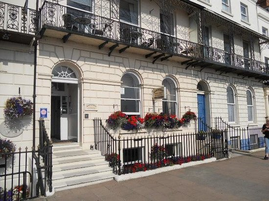 Gloucester Inns And Hotels