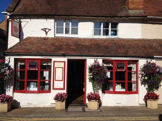 Mrs Brown's Tearoom: Mrs Brown's