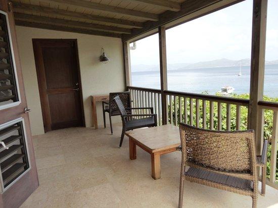 Cooper Island Beach Club : Spacious, cool balcony