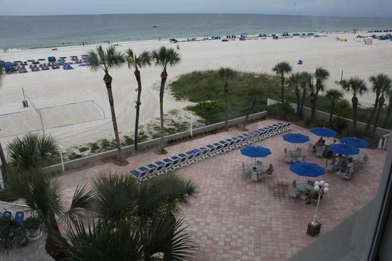 TradeWinds Island Grand Resort: View from our Gulf Parlor Room