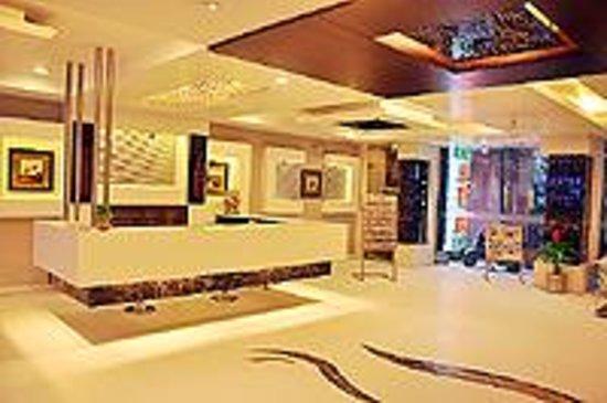 Hotel Sun International: Reception