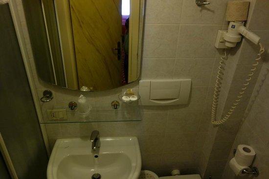 Bathroom of Hotel Belle Arti