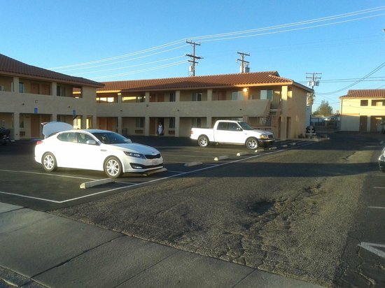 Econo Lodge Inn & Suites : Esterno