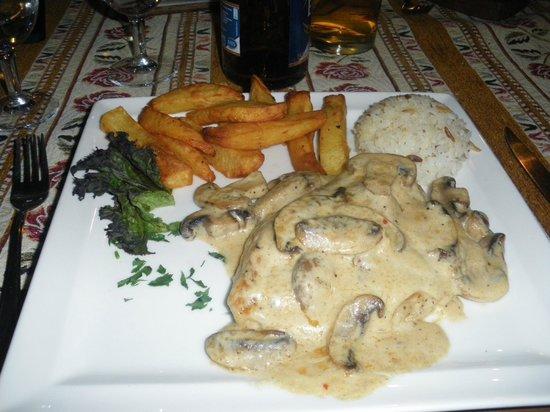 Swallows: Chicken in a creamy mushroom sause