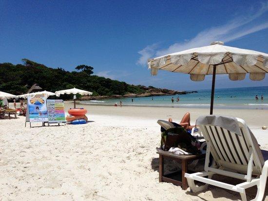 ทรายแก้ว บีช รีสอร์ท: Nice beach