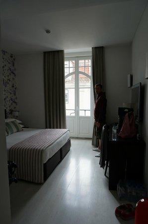 Internacional Design Hotel: Inside our room (305 - Zen)