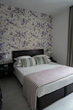 Internacional Design Hotel: Our room (305 - Zen)