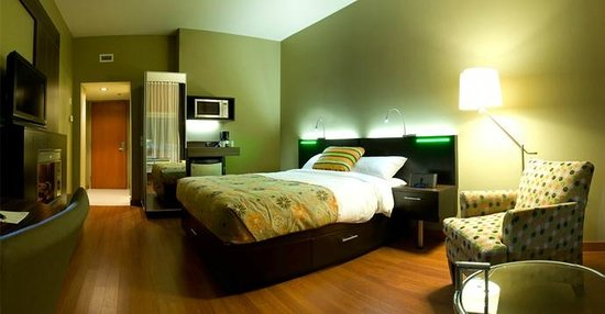 Hotel Must: Chambre   Room
