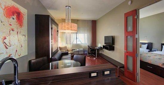 Hotel Must: Suite