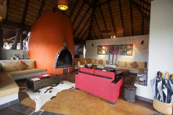 Vuyatela Lodge & Galago Camp: Lounge Area