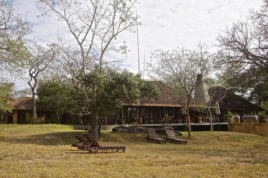 Vuyatela Lodge & Galago Camp: Main Building