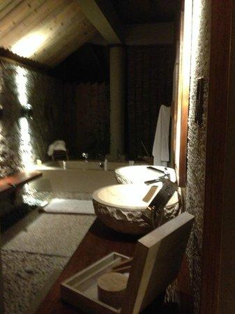 Le Domaine de L'Orangeraie Resort and Spa: bagno