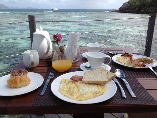 Le Domaine de L'Orangeraie Resort and Spa: colazione panoramica