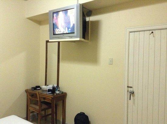Hotel 9 de Octubre: TV sin cable