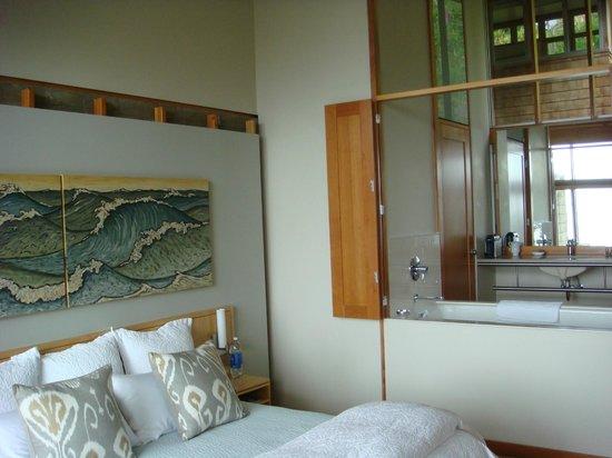 The Awtrey House: Room