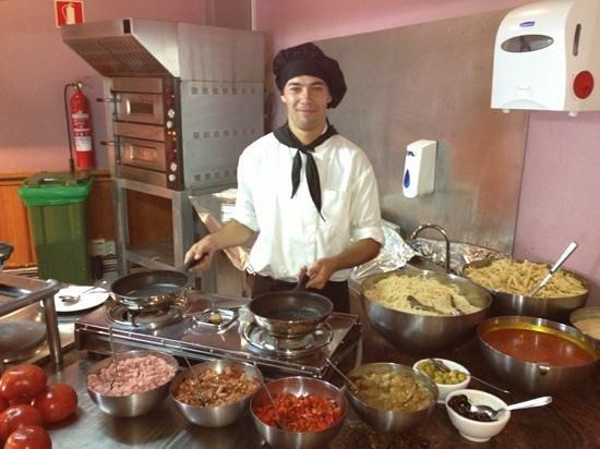 HL Hotel Rio Playa Blanca: L'heure du repas!