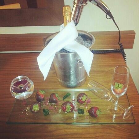 Arora Hotel Manchester: Romance Package