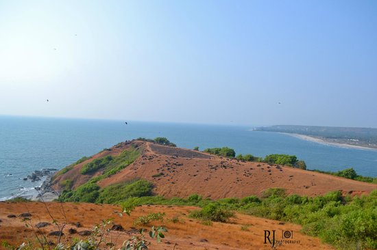 Vagator Beach: Another view from fort on top of hill