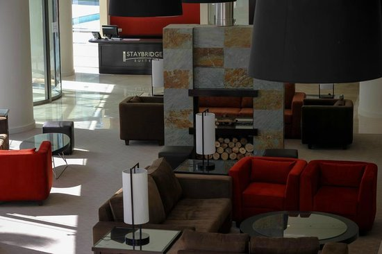 Staybridge Suites Beirut: Lobby