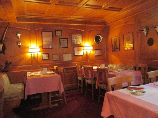 Jaegerhof Hotel & Apartements : Dining area