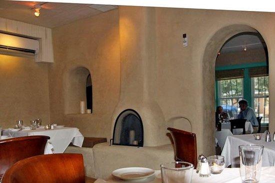 Lambert's of Taos : Dining area