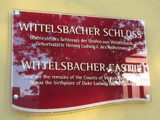 Wittelsbacher Castle: detail