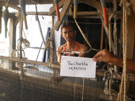 Weaver artisan - Picture of The Charkha, Bikaner - TripAdvisor