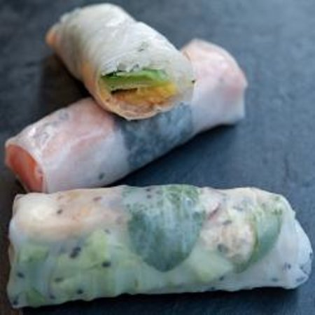 Mitsou: Spring rolls mixing Eastern and Western products, for new tastes