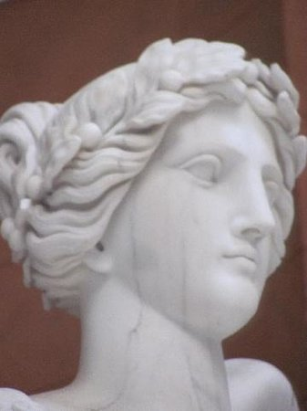 Befreiungshalle Kelheim: detail victory goddess