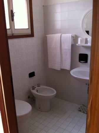 Hotel La Fenice & Siesta: bagno