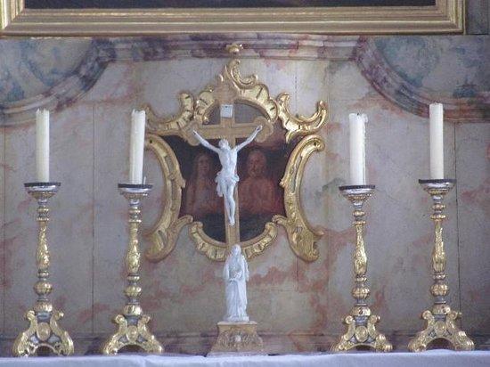 Altes Friedhof: chapel interior