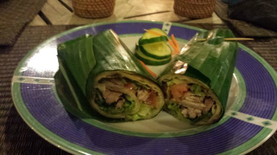 The Grill Bar & Restaurant: Chicken in home made wraps