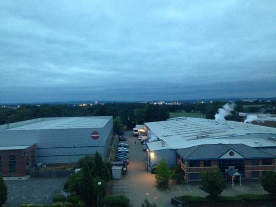 Premier Inn London Gatwick Airport (Manor Royal) Hotel : Room with a view