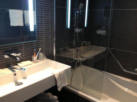 Hotel les bains de Cabourg: la salle de bain