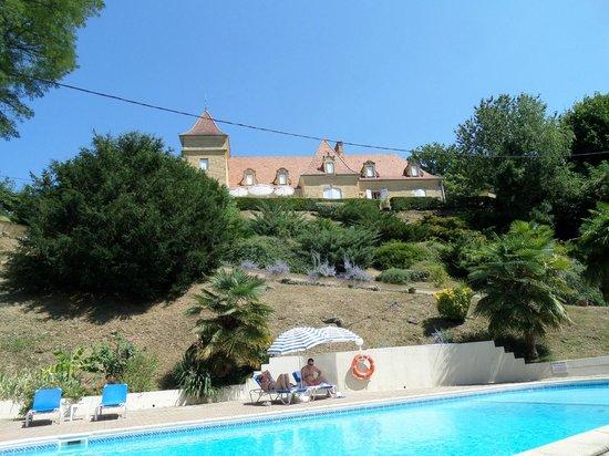 Hôtel de la Pagézie : Hotel: view from the pool area