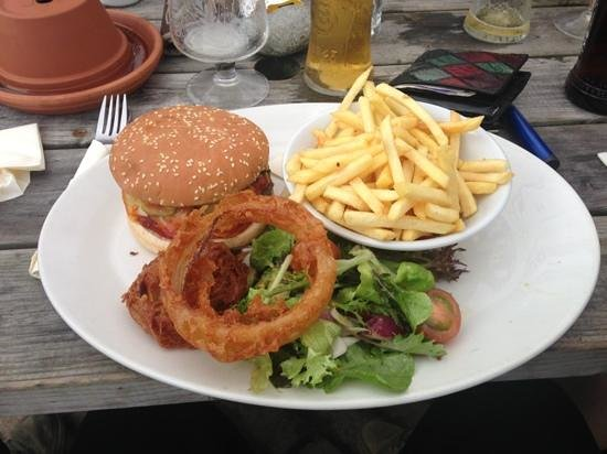 The Kings Arms: American burger