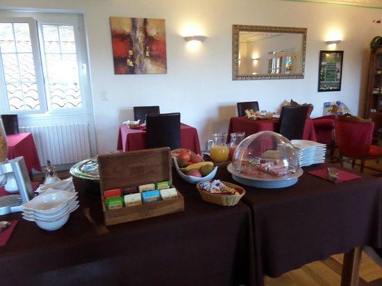 Hôtel de la Pagézie: breakfast room