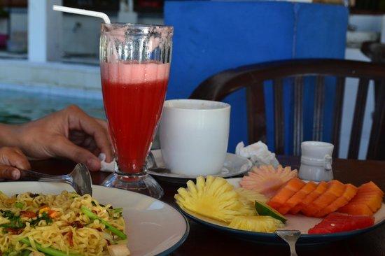 Matahari Tulamben Resort, Dive & SPA: Frühstück