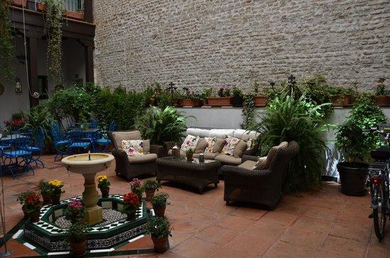 El Rey Moro Hotel Boutique Sevilla: Patio View