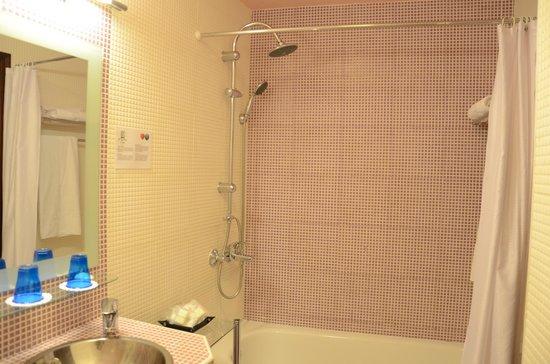 El Rey Moro Hotel Boutique Sevilla: Ensuite Bath